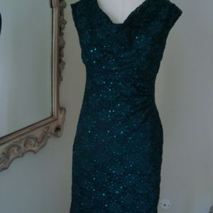 Collection dressbarn green sparkly sleeveless 6P